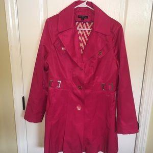 Women's Via Spiga trench coat, size large
